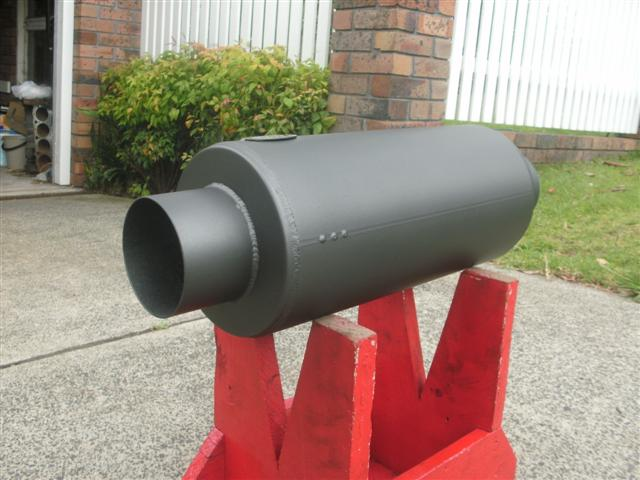 4 in bore muffler 005 (Small).jpg